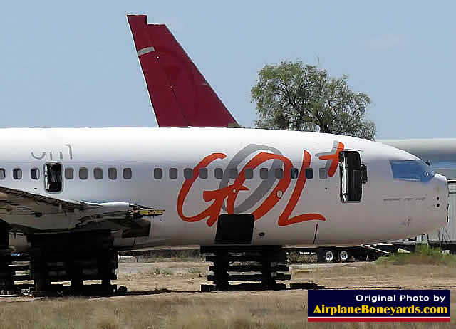 Boeing 737-700, GOL Brazilian airlines, registration N320GL, undergoing salvage at the Pinal Airpark in Arizona